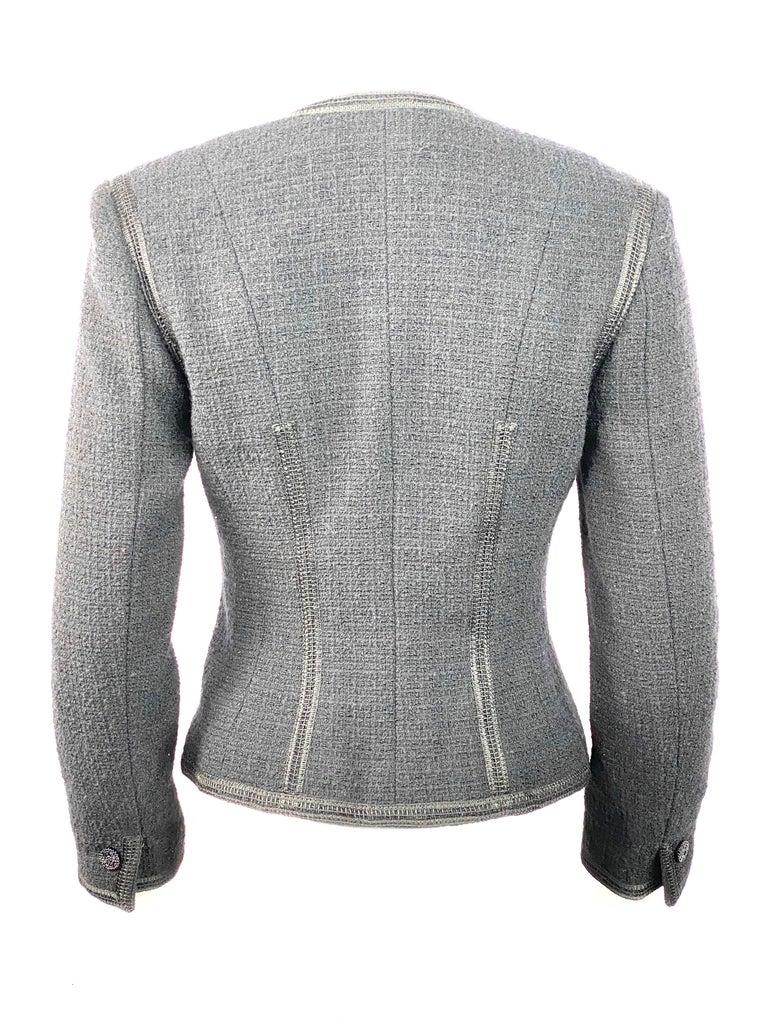 Vintage Chanel Black Tweed Blaze Jacket Size 38 For Sale 4