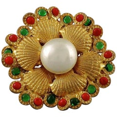 Vintage CHANEL Clam Shell Gripoix Pearl Brooch