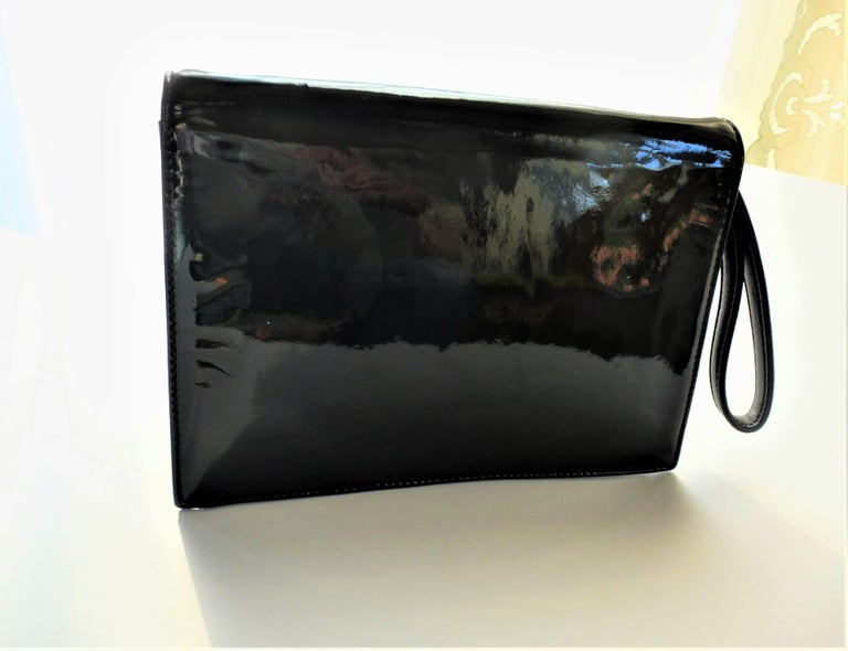 Vintage Chanel Clutch 1990s 'JUST A DROP OF NR. 5' For Sale 1