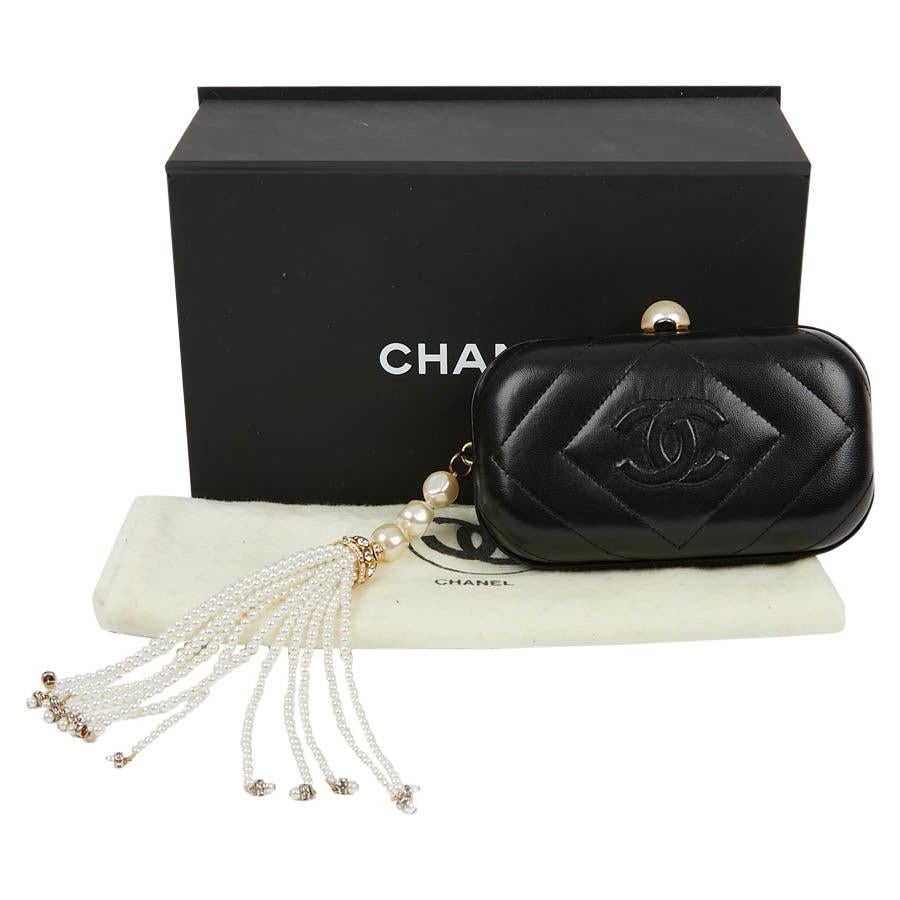 Vintage CHANEL Clutch Bag in Black Lambskin Leather and Pearl
