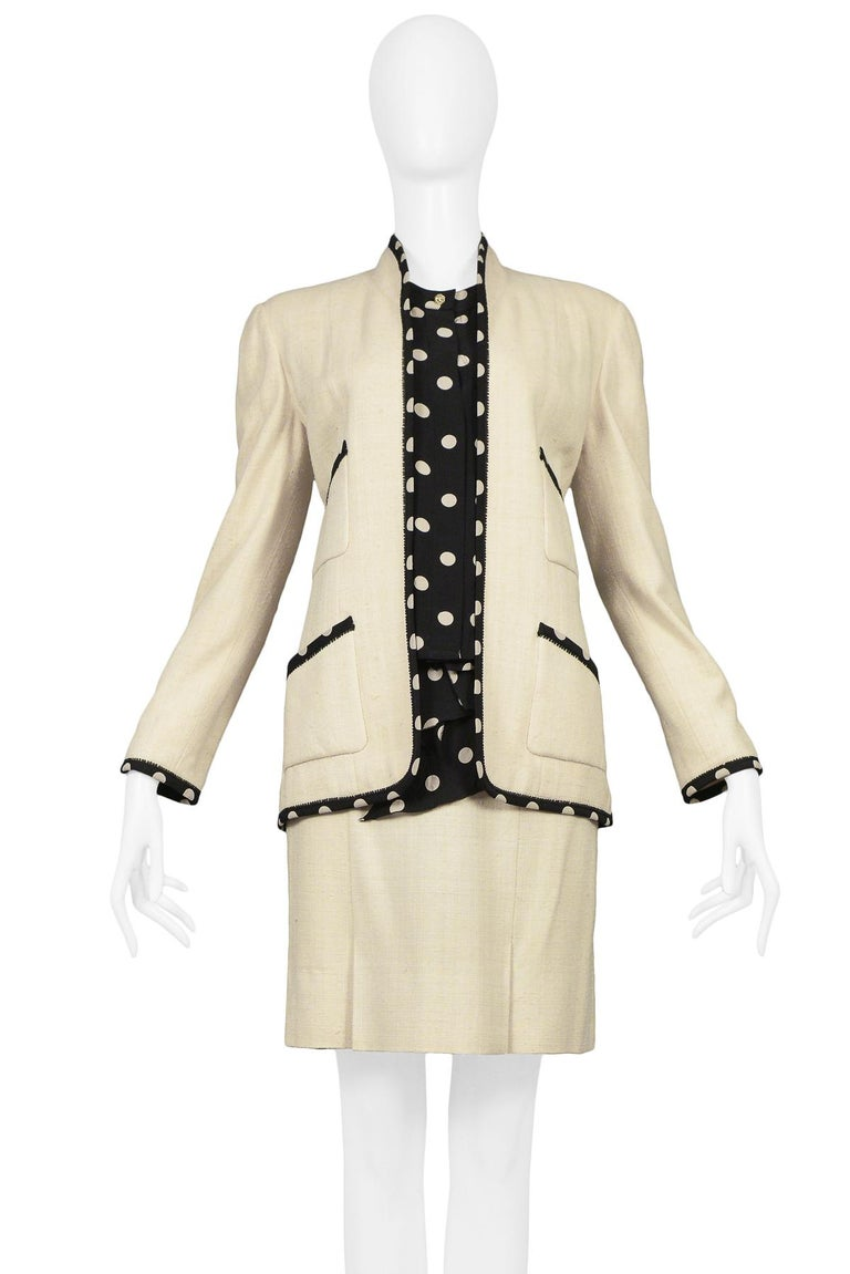 Vintage Chanel Cream Linen Polka Dot Skirt Suit In Excellent Condition For Sale In Los Angeles, CA