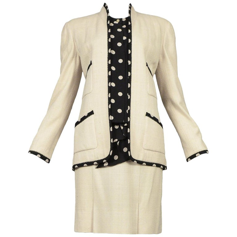 Vintage Chanel Cream Linen Polka Dot Skirt Suit For Sale
