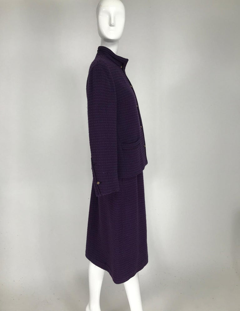 Vintage Chanel Creations Textured Purple Wool Skirt Suit 1970s In Good Condition For Sale In West Palm Beach, FL