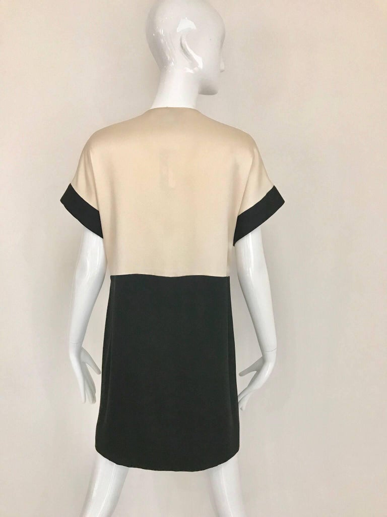 Vintage CHANEL Creme and Black Silk Charmeuse Cocktail Dress For Sale 1