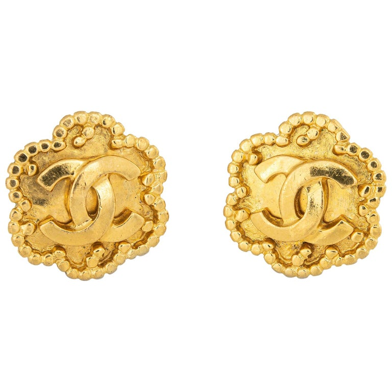 Vintage Chanel Earrings  Circa 1996 CC Logo Flower Clip On Yellow Gold Tone For Sale