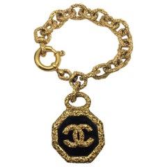 Vintage Chanel Floating Cc Logo Charm Bracelet 1993