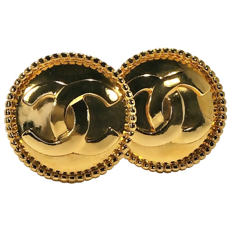 Vintage Chanel Gold Tone CC Earrings with Beaded Edge 1 5/16 Inch Diameter  For Sale