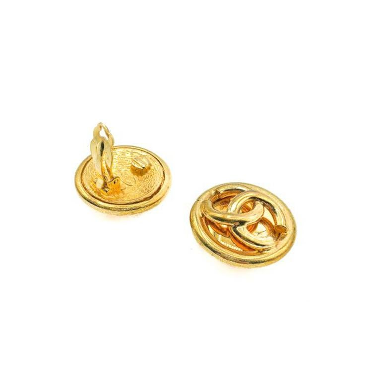 Vintage Chanel Gold Tubular Cc Logo Earrings 1993 In Good Condition For Sale In Wilmslow, GB