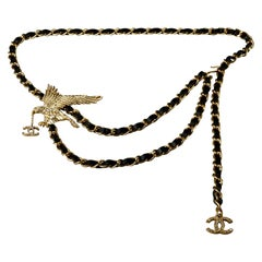 Vintage CHANEL Jeweled Eagle Chain Leather Necklace Belt