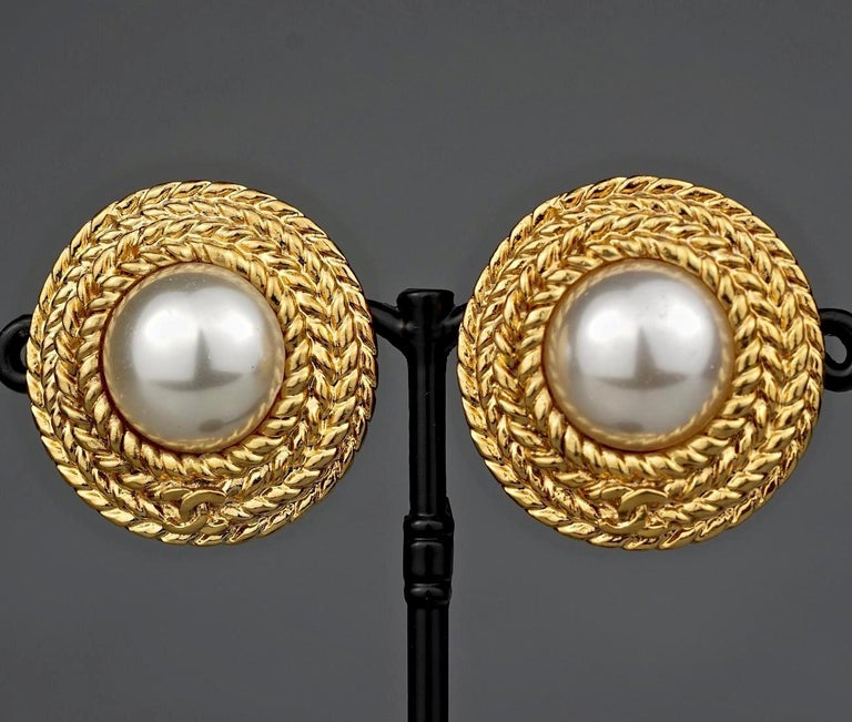 Women's Vintage CHANEL Logo Pearl Braided Earrings For Sale