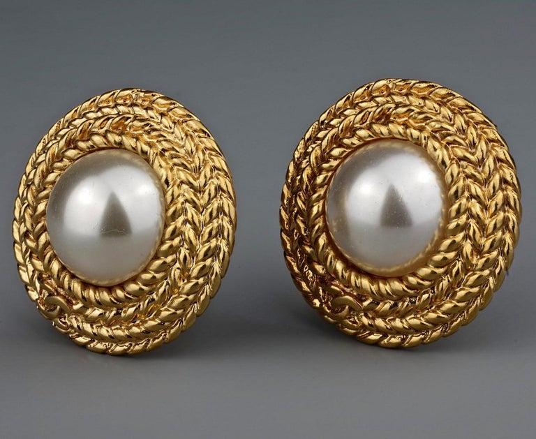 Vintage CHANEL Logo Pearl Braided Earrings For Sale 2