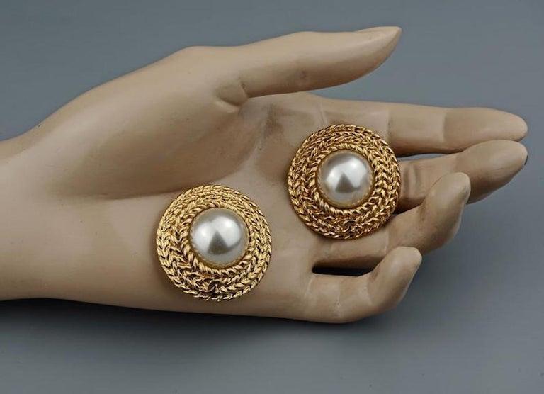 Vintage CHANEL Logo Pearl Braided Earrings For Sale 4