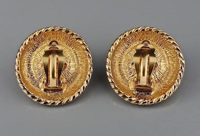 Vintage CHANEL Logo Pearl Braided Earrings For Sale 5