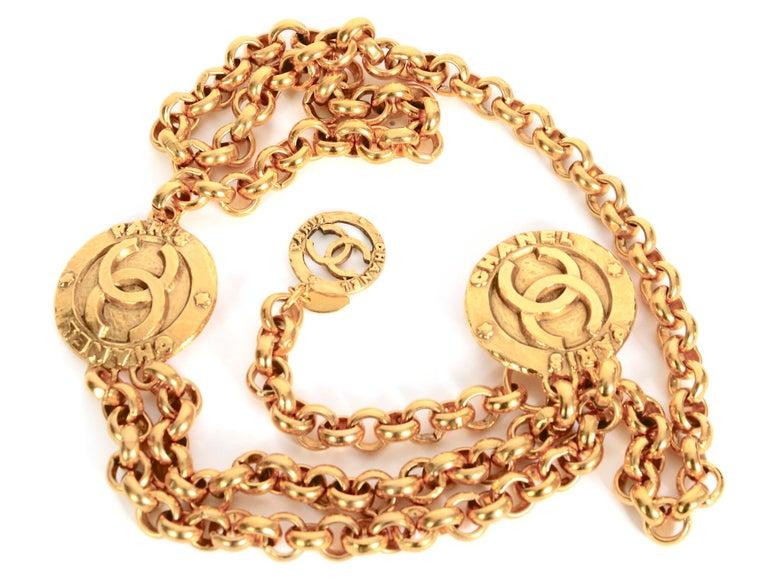Vintage Chanel medallion gold chain belt 28/6120  For Sale 3