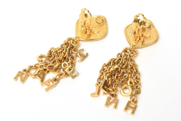Chanel Gold Plated Charm Dangle Clip On Earrings Vintage For Sale 2