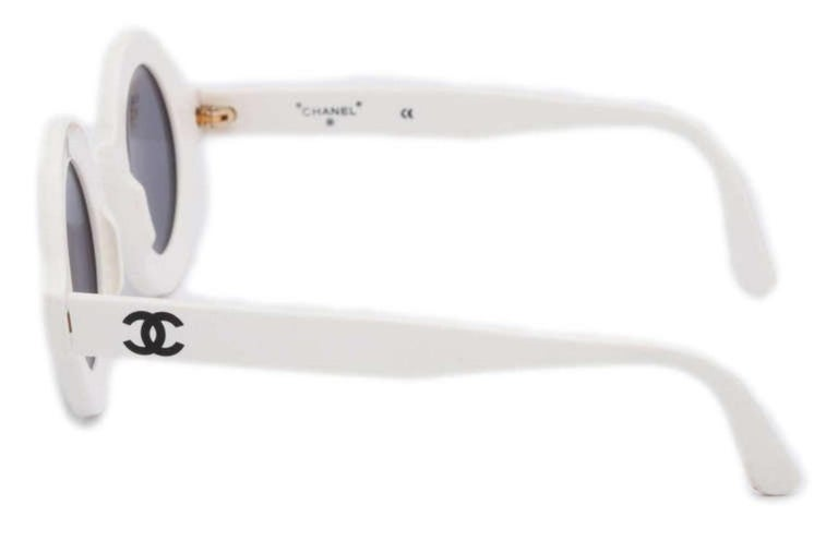 0d527354ce Extremely rare Chanel. Vintage Chanel Paris Logo Frame White Sunglasses In  Excellent Condition For Sale In New York