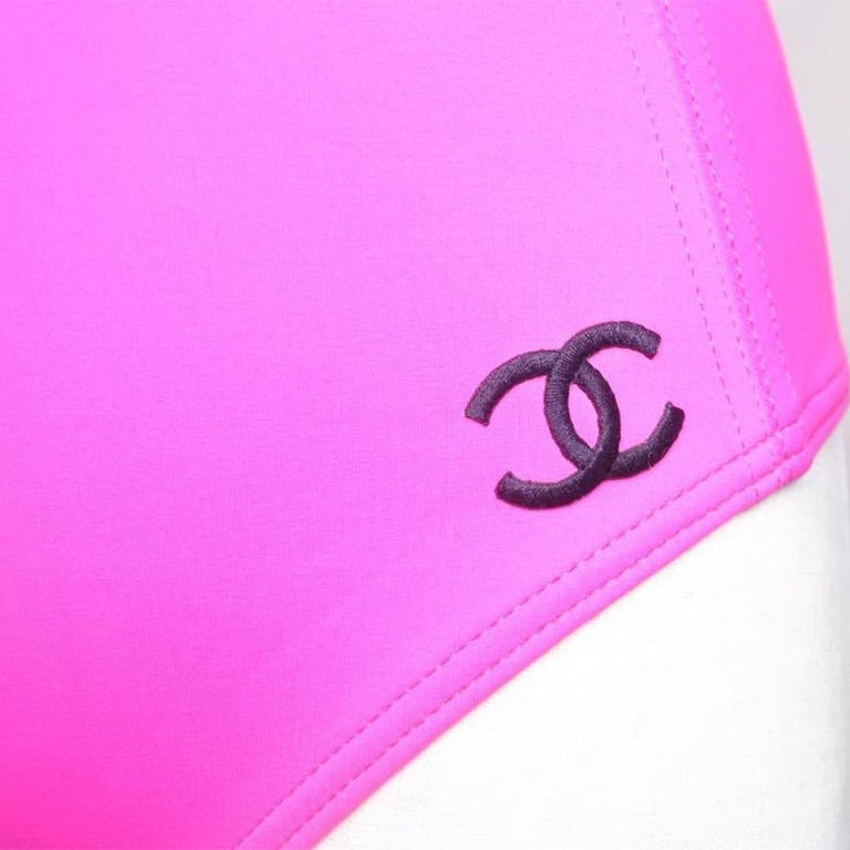 Vintage Chanel pink swimsuit size 40 For Sale 1