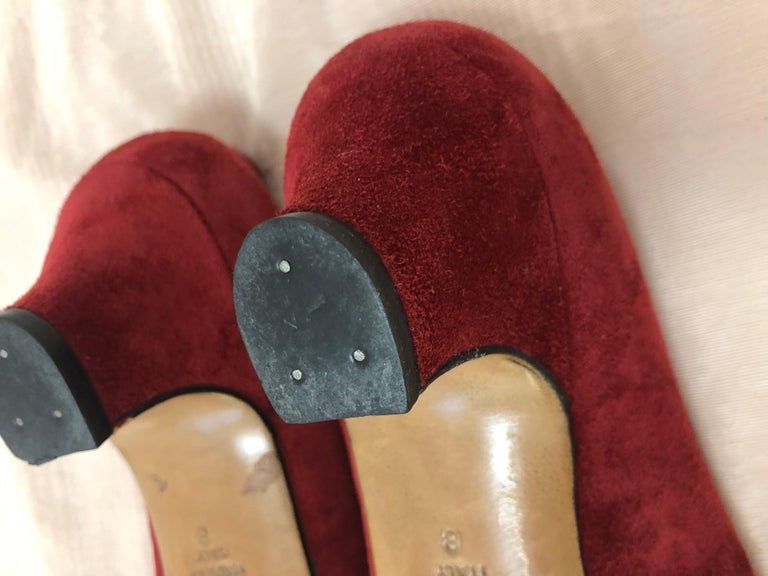 Vintage Chanel Red Suede Pumps w/Grosgrain Bows Size 8 For Sale 3