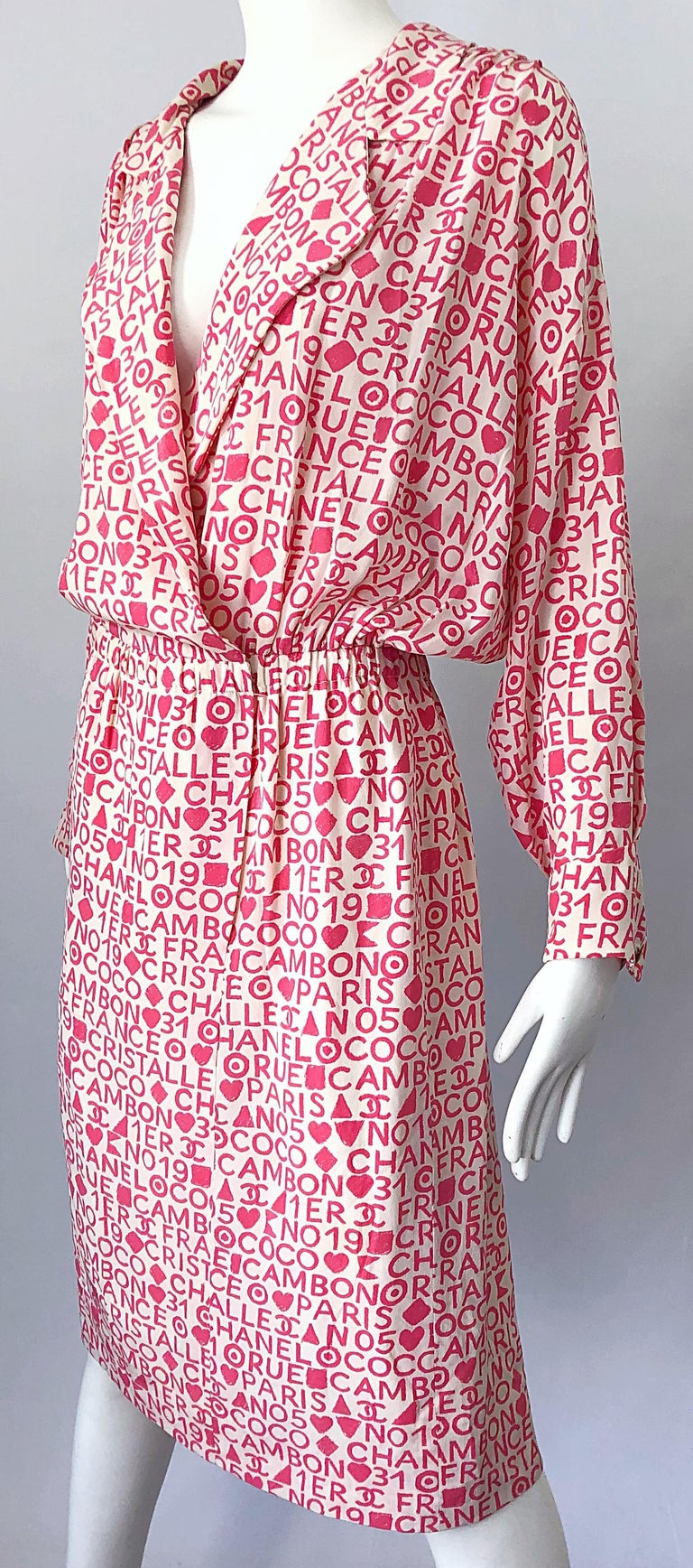Vintage Chanel Size 44 / 14 Pink and White Logo Print 1980s Silk 80s Shirt Dress For Sale 9