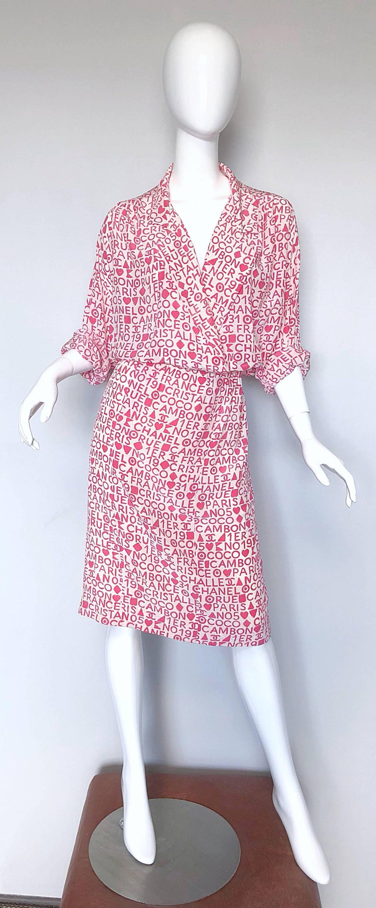 Vintage Chanel Large /  Size 44 Pink White Coco 90s Logo Silk 1990s Shirt Dress For Sale 2