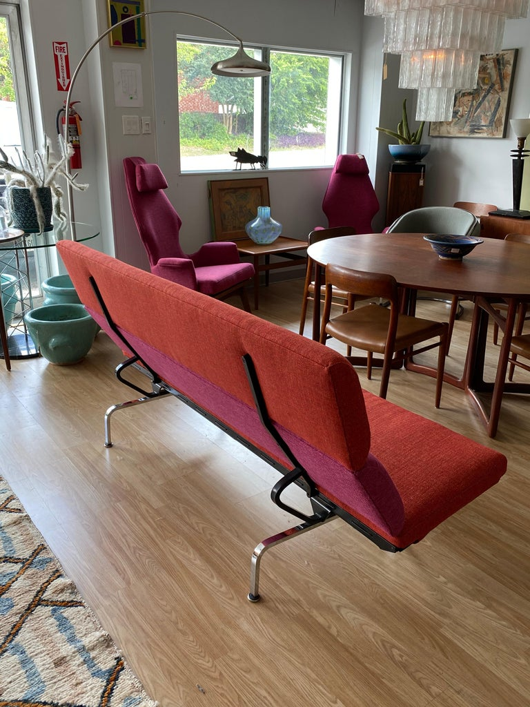 Vintage Charles and Ray Eames Compact Sofa for Herman Miller, circa 1950s In Good Condition For Sale In San Antonio, TX
