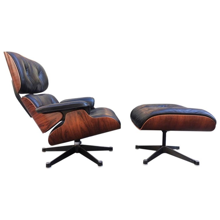 Vintage Charles & Ray Eames Rosewood Lounge Chair & Ottoman For Sale