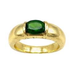 Vintage Chaumet Paris Yellow Gold and Green Peridot Band Ring