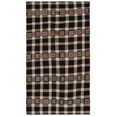 Vintage Checkered Flat-Weave