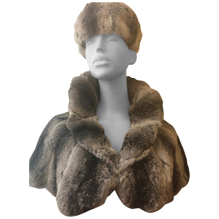 Vintage Chinchilla Stole/Cape and Hat  For Sale