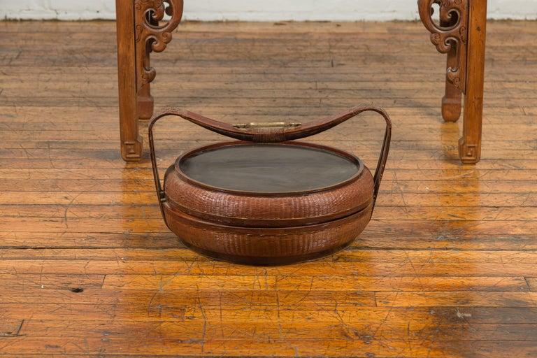 Vintage Chinese Bamboo and Rattan Covered Basket with Black Hand-Painted Décor For Sale 7