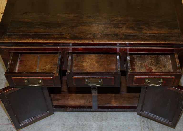 Vintage Chinese Cabinet Cupboard Sideboard Lacquered Carved and Detailed Piece For Sale 11