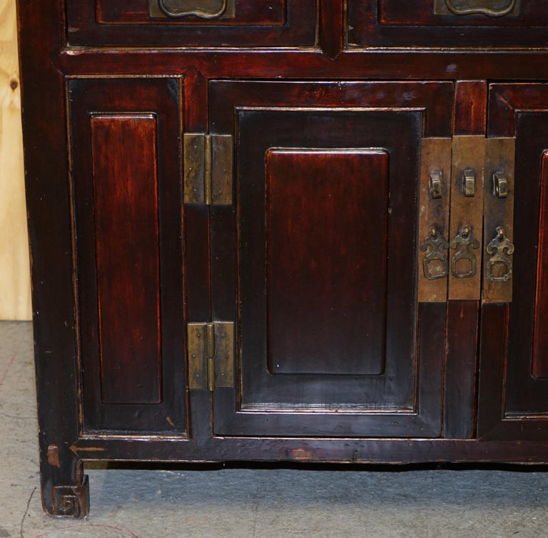 Vintage Chinese Cabinet Cupboard Sideboard Lacquered Carved and Detailed Piece For Sale 3