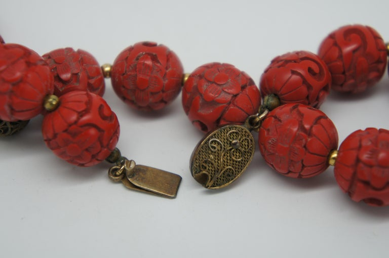 Vintage Chinese Carved Red Cinnabar and Green Jade Bead Necklace Silver Clasp 5