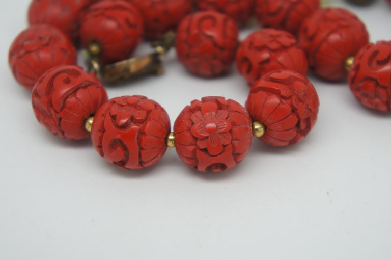 Vintage Chinese Carved Red Cinnabar and Green Jade Bead Necklace Silver Clasp 1