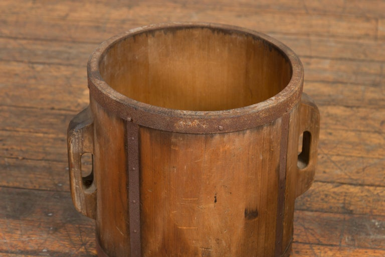 Vintage Chinese Grain Measuring Cup with Metal Braces and Lateral Handles For Sale 3