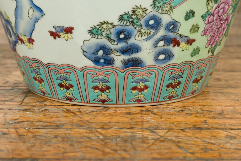 Vintage Chinese Hand Painted Porcelain Palace Jar, circa 1960 with Phoenix Motif For Sale 5