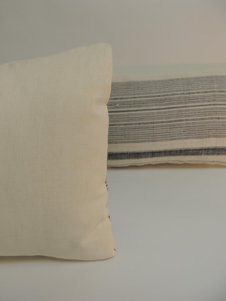 Vintage minority China homespun linen textile striped accent lumbar decorative pillow. Decorative pillow finished with antique natural linen backing. The Miao are one of several ethnic minorities living in the subtropical mountainous areas of