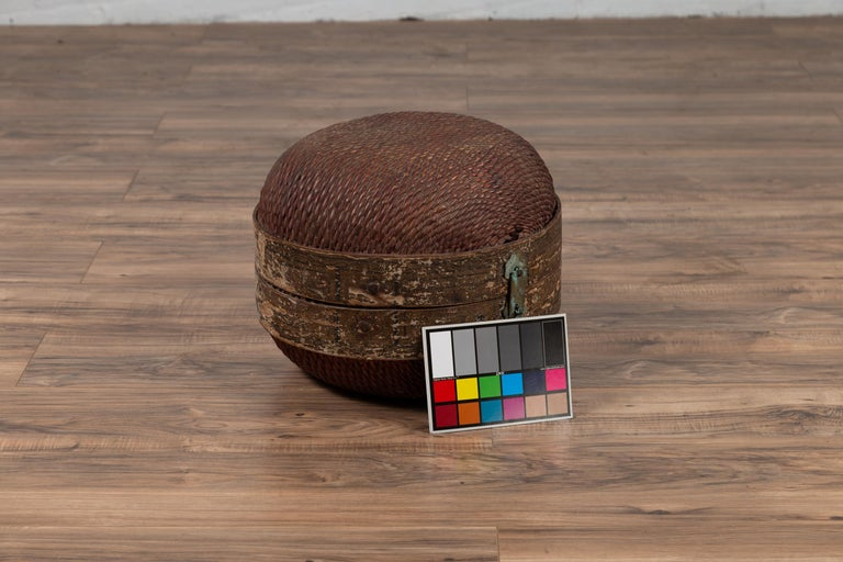 Vintage Chinese Midcentury Rattan Circular Hat Box with Weathered Patina For Sale 8