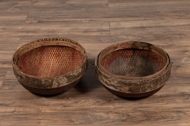 Vintage Chinese Midcentury Rattan Circular Hat Box with Weathered Patina For Sale 1