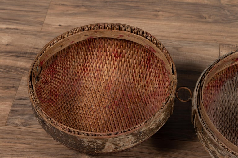 Vintage Chinese Midcentury Rattan Circular Hat Box with Weathered Patina For Sale 2