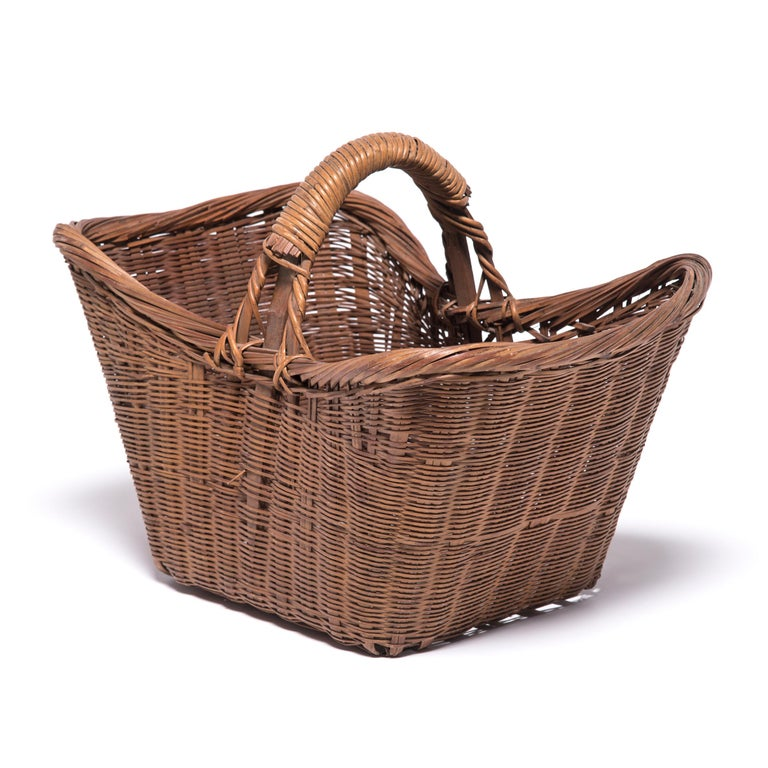 Rustic Vintage Chinese Twist Woven Market Basket For Sale