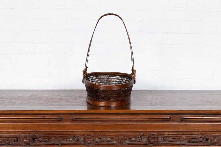 Vintage Chinese Woven Rattan Carrying Basket with Large Tripartite Handle For Sale 6
