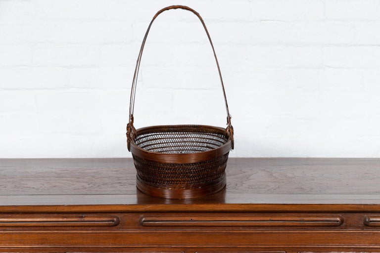 Vintage Chinese Woven Rattan Carrying Basket with Large Tripartite Handle For Sale 4