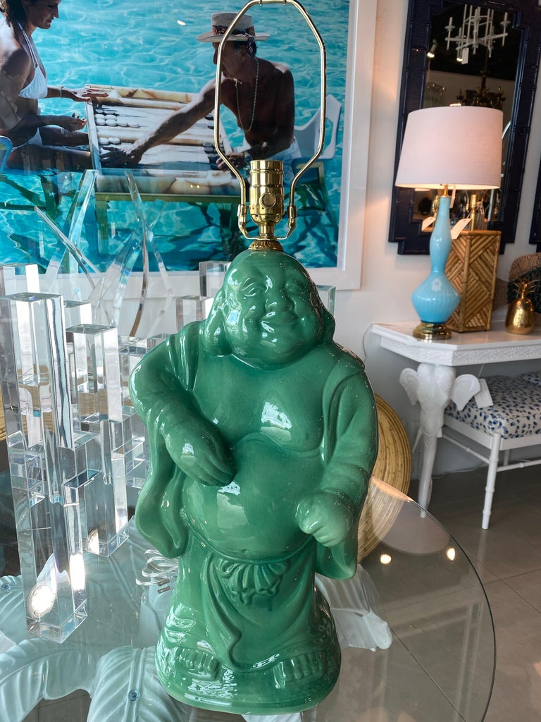 Vintage Chinoiserie Jade Green Buddha Ceramic Table Lamp Brass  For Sale 4