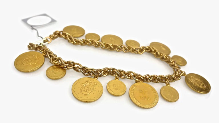Vintage Christian Dior Bicentennial Coin Limited Edition Necklace In Excellent Condition For Sale In Kingersheim, Alsace