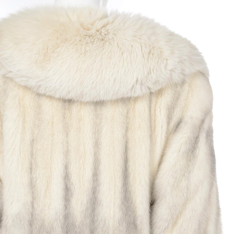 Vintage Christian Dior Fourrure White Mink Fur Coat w Fox Fur Collar For Sale 7