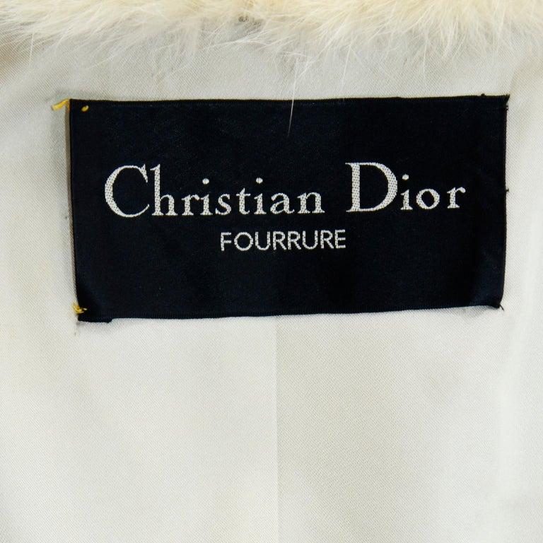 Vintage Christian Dior Fourrure White Mink Fur Coat w Fox Fur Collar For Sale 9