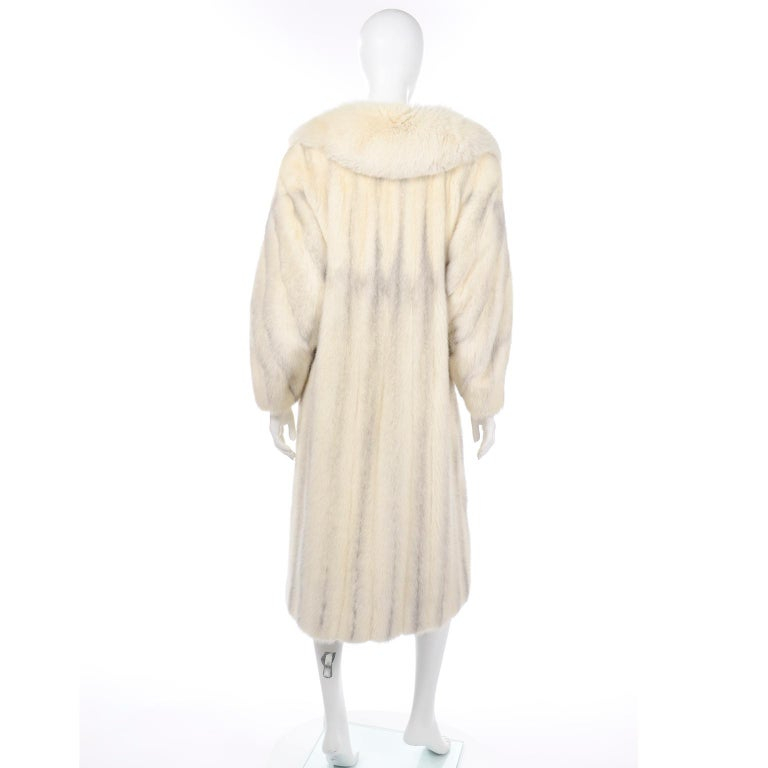 Vintage Christian Dior Fourrure White Mink Fur Coat w Fox Fur Collar For Sale 1