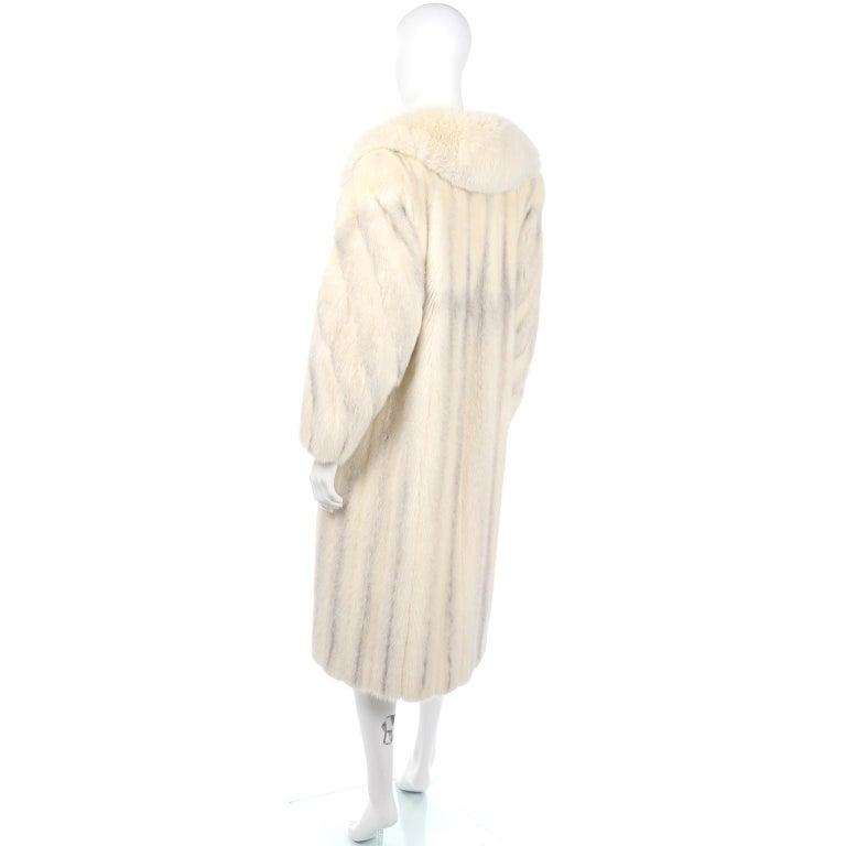 Vintage Christian Dior Fourrure White Mink Fur Coat w Fox Fur Collar For Sale 2