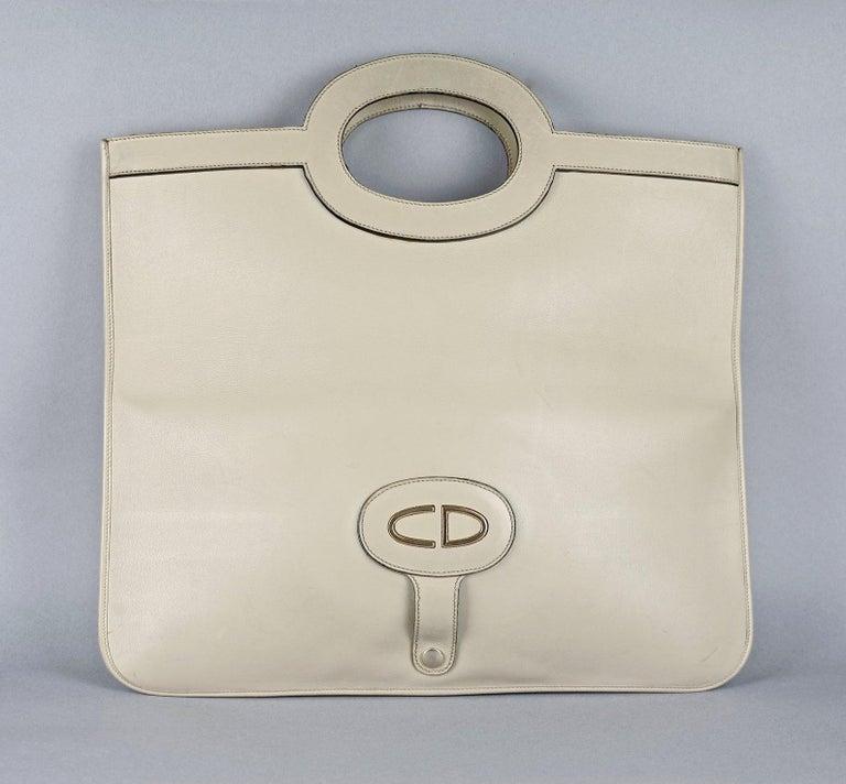 Women's Vintage CHRISTIAN DIOR Logo Foldable Envelope Leather Clutch Bag For Sale